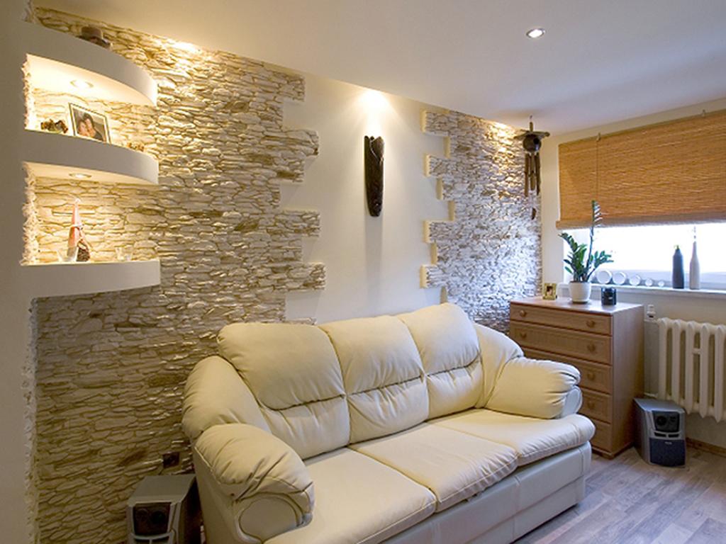 Дизайн интерьера с искусственным камнем фото